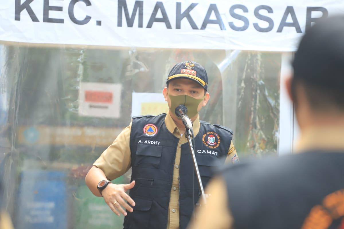 Bareng 14 Lurah, Camat Makassar Kompak Edukasi dan Monitoring SOP Covid-19 Diwilayahnya